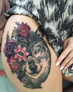 50 Of The Most Beautiful Wolf Tattoo Designs The Internet Has Ever Seen - KickAss Things Black Sleeve Tattoo, Wolf Tattoo Sleeve, Full Sleeve Tattoo Design, Best Sleeve Tattoos, Tattoo Sleeves, Bad Tattoos, Pin Up Tattoos, Picture Tattoos, Wolf Tattoos