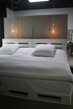 another bed with pallets