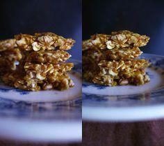 crocante-com-sementes-e-frutos-secos Picnic Snacks, Breakfast Snacks, Vegan Sweets, Cookies, Cereal, Healthy Recipes, Food, Fitness, Seeds
