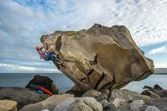www.boulderingonline.pl Rock climbing and bouldering pictures and news Lofoten, Norway