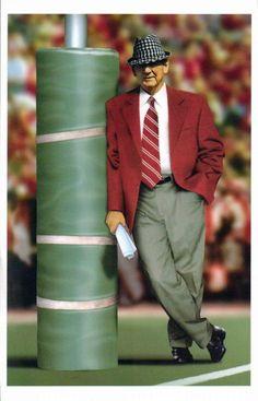 BEAR BRYANT one of the best coaches ever (and I'm an not Auburn fan)bama girl Alabama Crimson Tide, Crimson Tide Football, Sec Football, Alabama Football, College Football, Alabama Baby, American Football, Paul Bear Bryant, Bama Fever