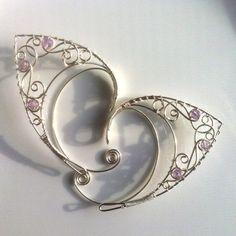 Silver elf ears with amethyst by Belethil on Etsy Fairy Jewelry, Fantasy Jewelry, Cute Jewelry, Jewelry Crafts, Jewelry Accessories, Unique Jewelry, Elf Ear Cuff, Elf Ears, Cute Piercings