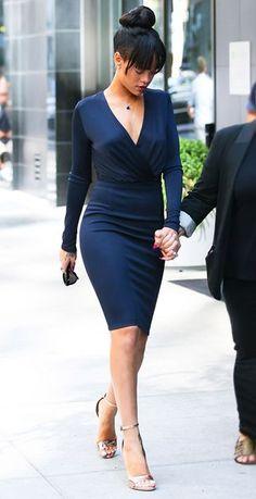 "Bandage Dresses vogue: "" Rihanna in Givench y "" Estilo Rihanna, Mode Rihanna, Rihanna Style, Rihanna Fenty, Looks Rihanna, Rihanna Outfits, Sexy Outfits, Look Fashion, Womens Fashion"
