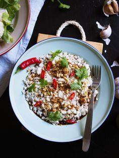 Kukkakaali aasialaisittain - Suussasulava resepti - Satokausikalenteri Okra, Cauliflower Recipes, Cobb Salad, Risotto, Easy Meals, Simple, Gumbo, Califlower Recipes, Quick Easy Meals