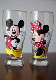 Hey, I found this really awesome Etsy listing at https://www.etsy.com/listing/468842417/mickey-and-minnie-mouse-disney-pilsner