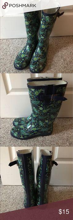 Rain Boots Size 10 Women's Rain Boots. Worn 1 time! Shoes Winter & Rain Boots