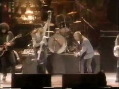Tom Petty feat. Axl Rose and Izzy Stradlin (Guns N' Roses) - Heartbreak ...