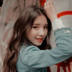 Animal: Rabbit Color: Bright Pink Location: Paris Month: October Sub-Unit: LOOΠΔ