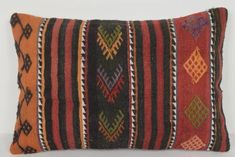 Kilim Fabric, Kilim Pillows, Kilim Rugs, Cotton Fabric, Throw Pillows, Decorative Objects, Lana, Vintage, Pillow Covers