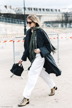 A Stylish Way To Wear Slouchy White Pants