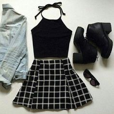 Look at our simplistic, cozy & just stylish Casual Fall Outfit inspirations. Get motivated with one of these weekend-readycasual looks by pinning the best looks. casual fall outfits for women Indie Outfits, Tumblr Outfits, Cute Grunge Outfits, Casual Outfits, Grunge Clothes, Grunge Shoes, Style Clothes, Tumblr Clothes, Diy Clothes