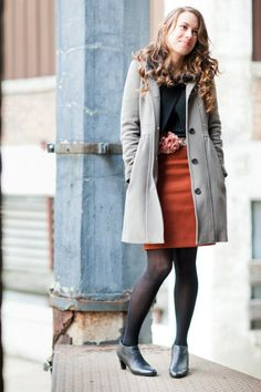 Gray helps this black and rust outfit step away from looking a little bit Halloween-y.    Style Me Pretty | GALLERY & INSPIRATION | GALLERY: 12030 | PHOTO: 940473