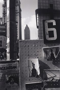 New York City 1980.  Photo: Lee Friedlander