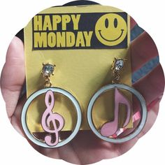 """💖SALE💖Happy Monday 