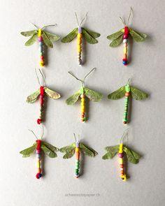 9 Libellen, für jde braucht es nur 2 Minuten, Bastelarbeit mit Kindern, Ahornflügel, Pfeiffenputzer, Holzperlen: kids, DIY, tutorial,dragonfly, from schaeresteipapier