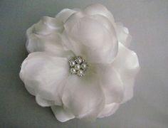Sale -  White Flower hair clip  - Bridal Hair Clip- wedding accessory, Fascinator - headpiece, bridal hair piece