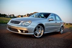 Mercedes C55 AMG - most beautiful V-8 sound...