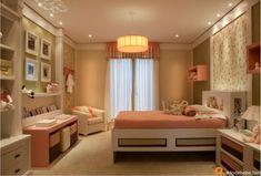 Decoração de quartos de menina rosa estilo contemporâneo