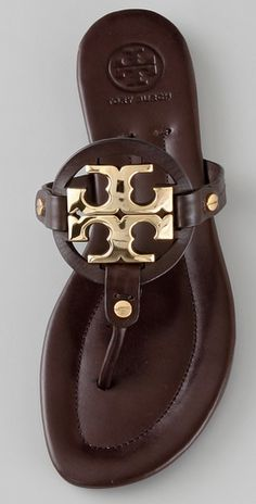 looking for the perfect pair of tory burch sandals,these are in my top ten! $225