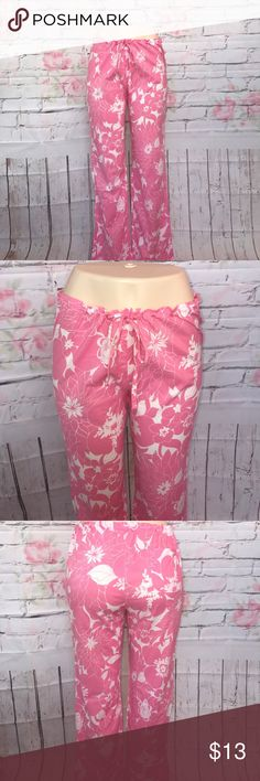 J Crew lounge pant size S 🌷❤️ Super cute pair of lightweight pink floral lounge pant by J Crew. Size S🌹❤️😊🐾🐾 J.Crew Factory Pants