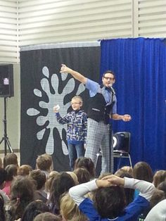 We went to a great French Magic Show by Mystéric.  It was so much fun!