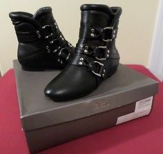 Be&D NIB Black All Leather Low Heel Bootie Ankle Boots w/Silver Buckles Sz 36/6