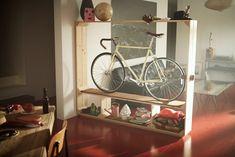 21 Creative Indoor Bike Storage Ideas For Space Saving Source by nomadicshoes book Bike Storage Ikea, Bike Storage Apartment, Indoor Bike Storage, Bicycle Storage, Apartment Ideas, Ikea Shelves, Storage Shelves, Storage Ideas, Storage Solutions