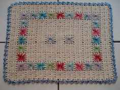 Tapetes on pinterest crochet patterns rugs and owl nursery