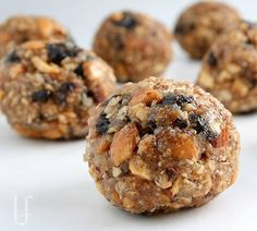 ALMOND QUINOA PROTEIN GRANOLA BALLS I do love my No Bake Protein Cookies...yes, I do.  But, for some people (and I can't believe I'm saying this out loud) chocolate isn't wanted.  These are full of...