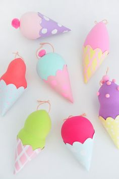 Decorate your backpack for summer with these adorable ice cream charms!