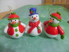 Snowman assorted in cold porcelain, porcelana fría, fimo, clay , porcelaine froide, masa flexible. biscuit, polymer clay