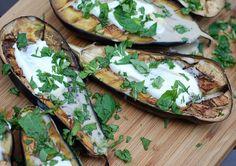 "LILEK CHUTNÁ I ""MASOŽROUTŮM"" - Zahrádkářův rok Cooking On The Grill, Cooking Time, Cooking Food, Halloumi, Seitan, Korn, Yogurt, Grilled Eggplant, Veggies"
