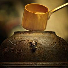 Japanese iron kettle for tea ceremony