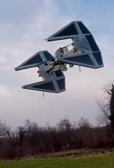This TIE interceptor drone is perfect for any Star Wars fan!