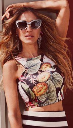 """très C H I C"" ! ♥ *Sarah Jessica Parker ~ Carrie Bradshaw * for Maria Valentina 2014 Sarah Jessica Parker, Carrie Bradshaw, Look Fashion, High Fashion, Womens Fashion, Fashion 2014, Fashion Art, Maria Valentina, Look Chic"
