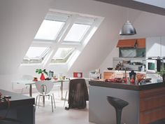 Enjoy a bright, white finish to your roof window that will suit any décor and fit seamlessly with your white ceiling.