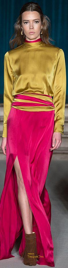 Fashion Street Skirt Fall 2015 36 Ideas For 2019 Fashion Model Poses, Fashion Models, High Fashion, Fashion Women, Fashion Trends, Photography Women, Fashion Photography, Food Photography, Fall Fashion Outfits