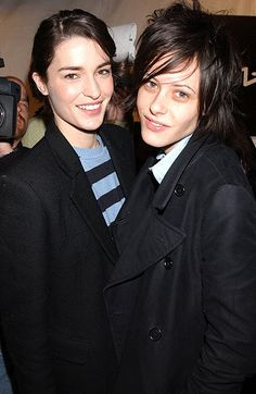 Amanda Moore and Kate Moennig (now, kiss)