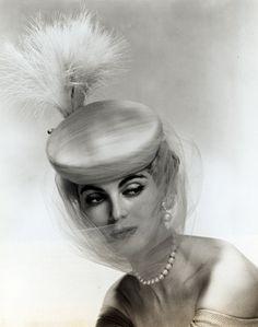 1954, Carmen Dell'Orefice