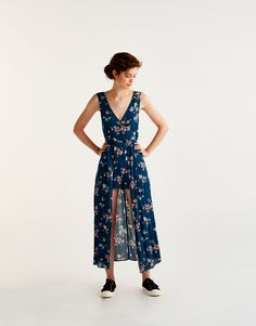 ccb4ba0ae8a Floral print jumpsuit dress - Dungarees   Jumpsuits - Clothing - Woman -  PULL BEAR Singapore Printed
