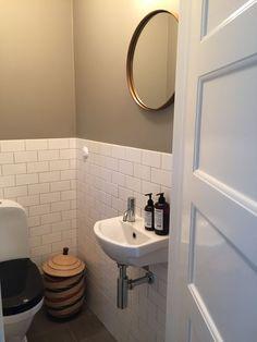 :: Zara Audu - Lilly is Love Bathroom Goals, Bathroom Inspo, Small Bathroom, Home Interior, Bathroom Interior, Interior Design Living Room, Downstairs Toilet, Small Toilet, Small Room Bedroom