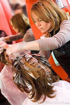 image photo : Hair-stylist