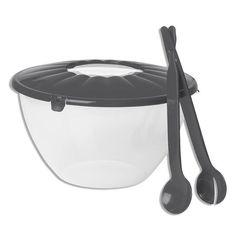 Mit dieser grauen Salatschüssel aus Kunststoff haben Sie ein ideales Behältnis um leckere Salate anzurichten und zu transportieren. Neben dem verschließbaren Deckel erhalten Sie auch noch das passende Salatbesteck dazu und können Ihre Salatkreation direkt durchmischen und einfach aus den Schüssel entnehmen.Farbe: grauMaterial: Kunststoffmit verschließbaren Deckelmit SalatbesteckspülmaschinengeeignetInhalt: ca. 7 LiterDurchmesser: ca. 29 cm Kitchen Stuff, New Kitchen, Compost, Credenzas, Salads, Colour, Simple, Composters