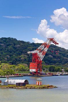 Panama Canal, Panama.  Photo: photosignals, via Flickr