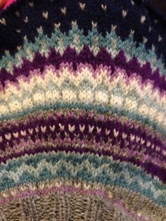 Ravelry: snikild's Damejakka Loppa av Ann Myhre Chrochet, Knit Crochet, Fair Isle Pattern, Fair Isle Knitting, Loom Weaving, Camila, Ravelry, Needlework, Knitting Patterns