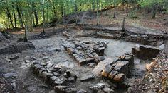 Los universitarios excavarán el castro alaricano de Armea http://www.rural64.com/st/turismorural/Los-universitarios-excavaran-el-castro-alaricano-de-Armea-4943