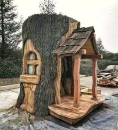 Fairy Tree Houses, Fairy Garden Houses, Gnome House, Gnome Tree Stump House, Woodworking Projects Plans, Woodworking Usa, Woodworking Videos, Wood Projects, Backyard