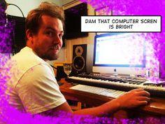 http://www.meriamber.com/blog/2013/12/mixing-session-with-john-vella/ Bright screen