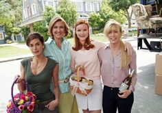 Teri Hatcher, Brenda Strong, Marcia Cross, and Felicity Huffman