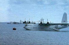Air Force Aircraft, Navy Aircraft, Aircraft Photos, Ww2 Aircraft, Military Aircraft, Short Sunderland, Amphibious Aircraft, Flying Boat, Royal Air Force